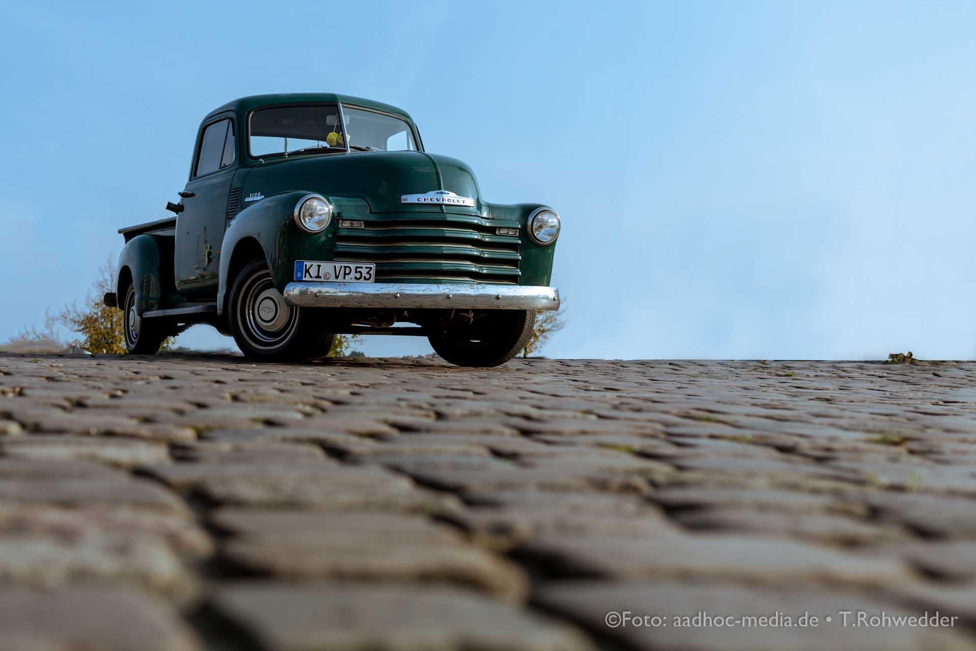Oldtimer - Chevrolet 3100 - Bauern- und Regionalmarkt Kiel Besser als jede Hochzeitskutsche
