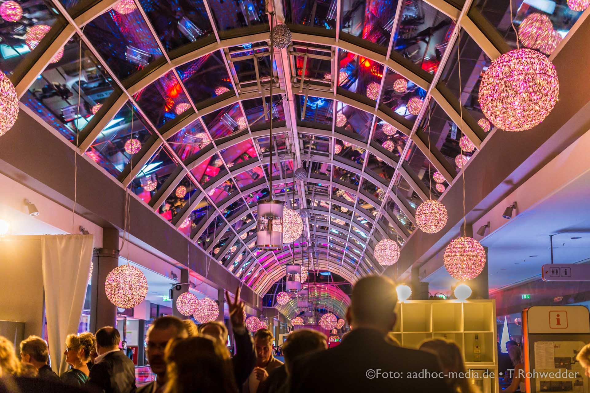 Kiels längste Nacht - Sophienhof - Kiel • © Foto: aadhoc-media • Thomas Rohwedder • Momentalist • Hochzeitsfotograf