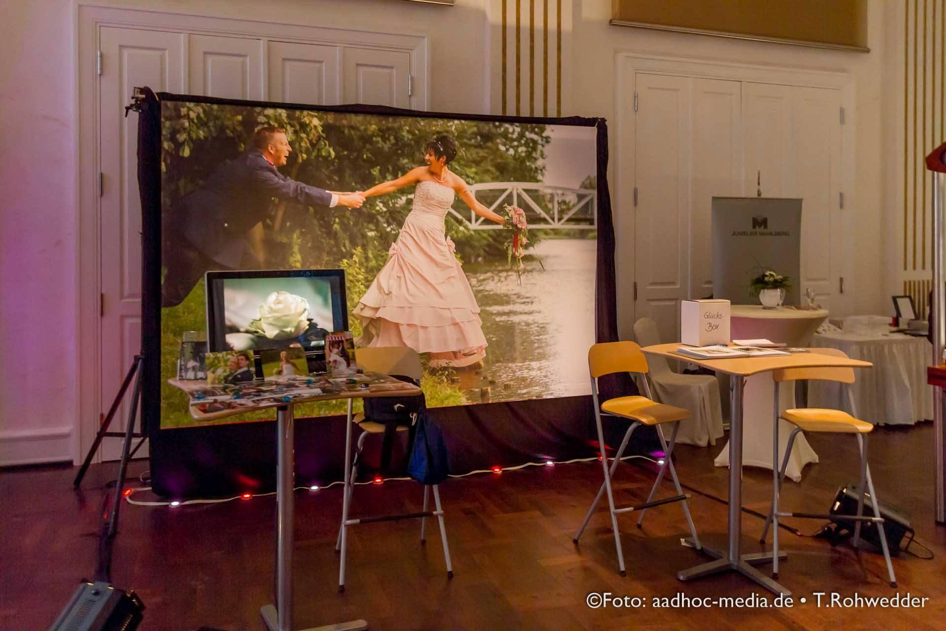 Der Momentalist und Hochzeitsfotograf Thomas Rohwedder auf der Kieler Hochzeitsmesse im Kieler Yacht-Club KYC. ©Foto aadhoc-media.de • Thomas Rohwedder