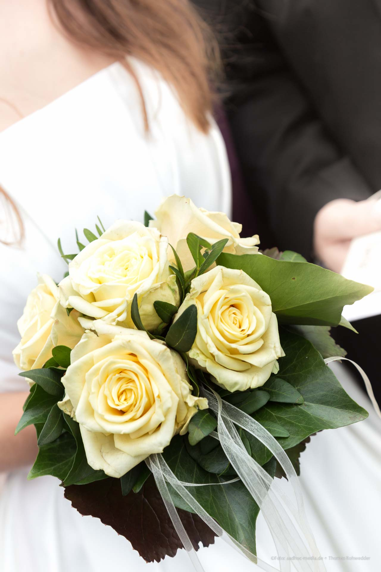 Brautstrauß zur Standesamtlichen Hochzeit in Aukrug bei Neumünster - Momentalist