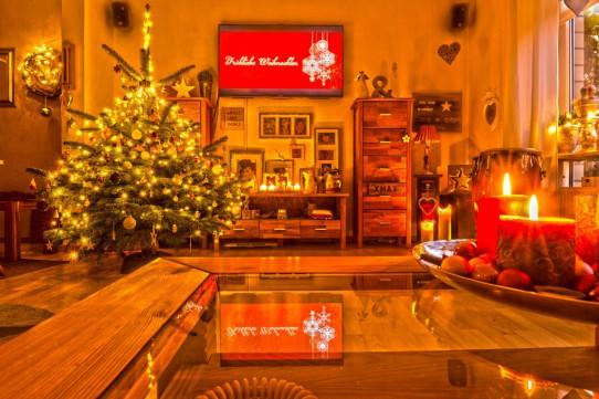 Frohe Weihnachten und einen guten Rutsch in ein erfolgreiches Jahr 2016 wünscht aadhoc-media.de • Thomas Rohwedder